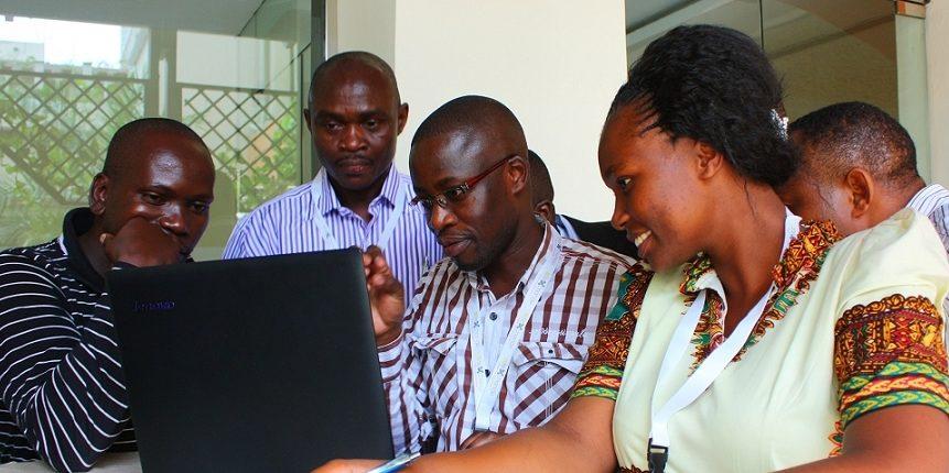 Come promuovere relazioni positive tra governanti e cittadini in Africa: Lezioni da una valutazione