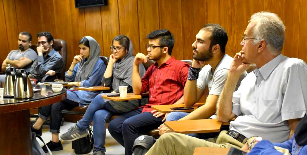 Parlando di pace a Teheran